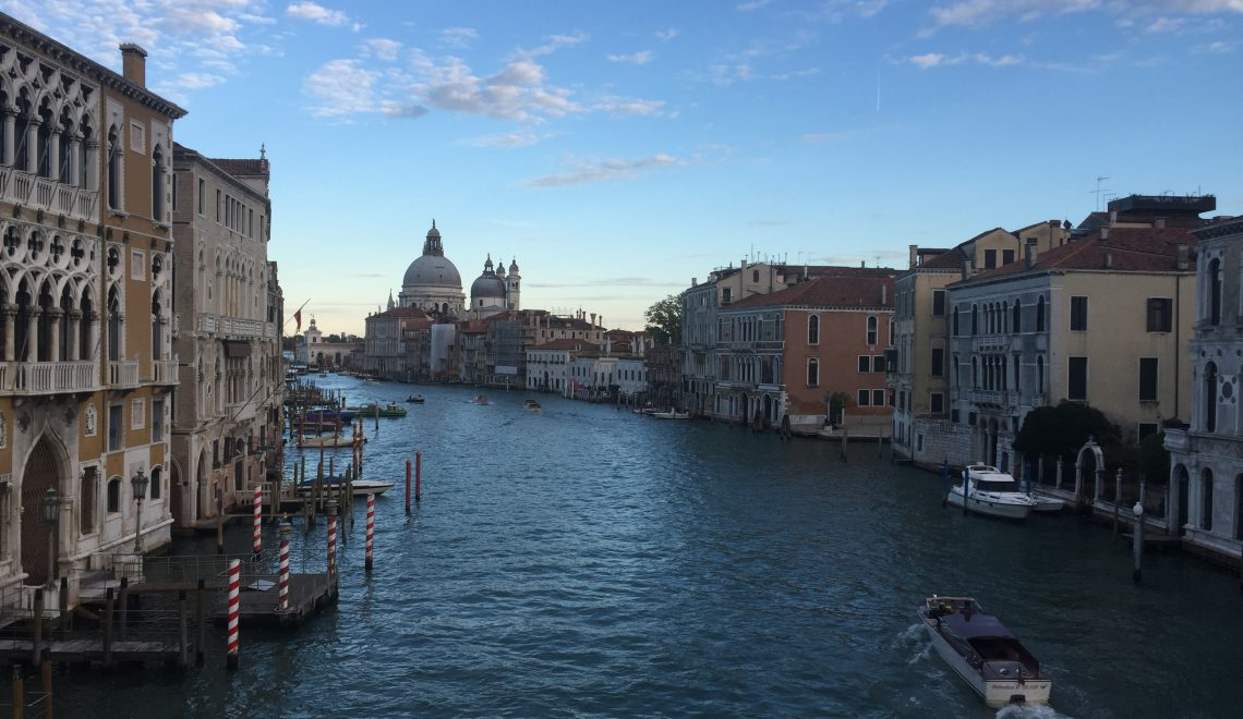 Familierejs: 6 go'e i Venedig